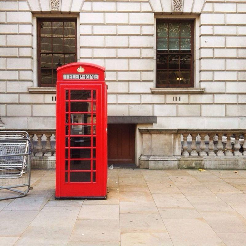 Kiosk London Streetphotography Taking Photos