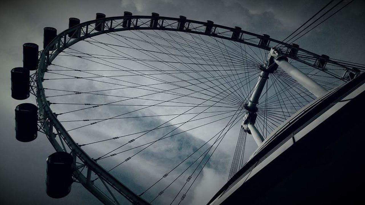 Singapore flyer Taking Photos Check This Out Hanging Out Fear Of Heights Enjoying Life Wanderlust Acrossthecity Singapore