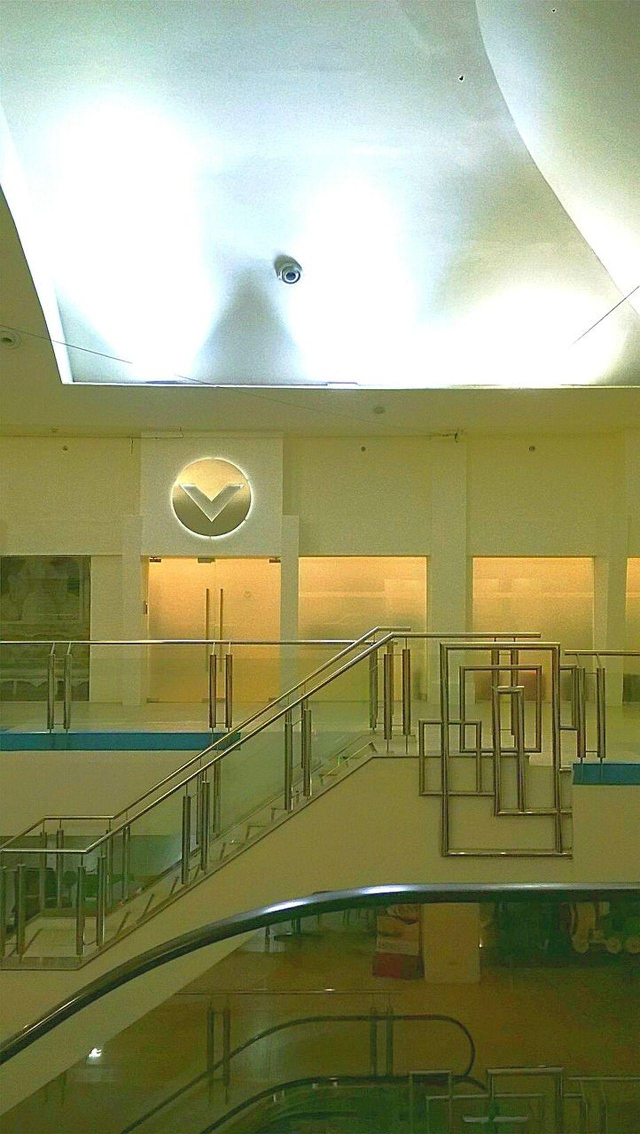 Mall Indoor