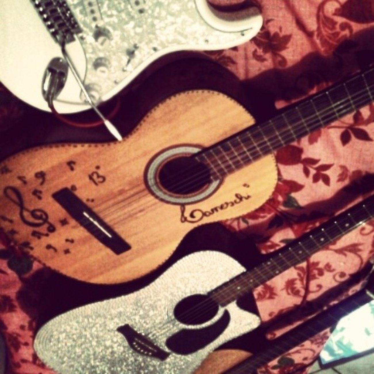 Music. guitars. passion. Love too Lovelovelove Instamusic Instaguitars Instasong ^-^ ♥♥♥♥ ✨??