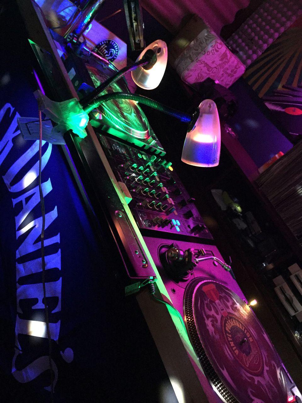 illuminated, lighting equipment, indoors, no people, technology, music, multi colored, night, nightclub, musical instrument, close-up