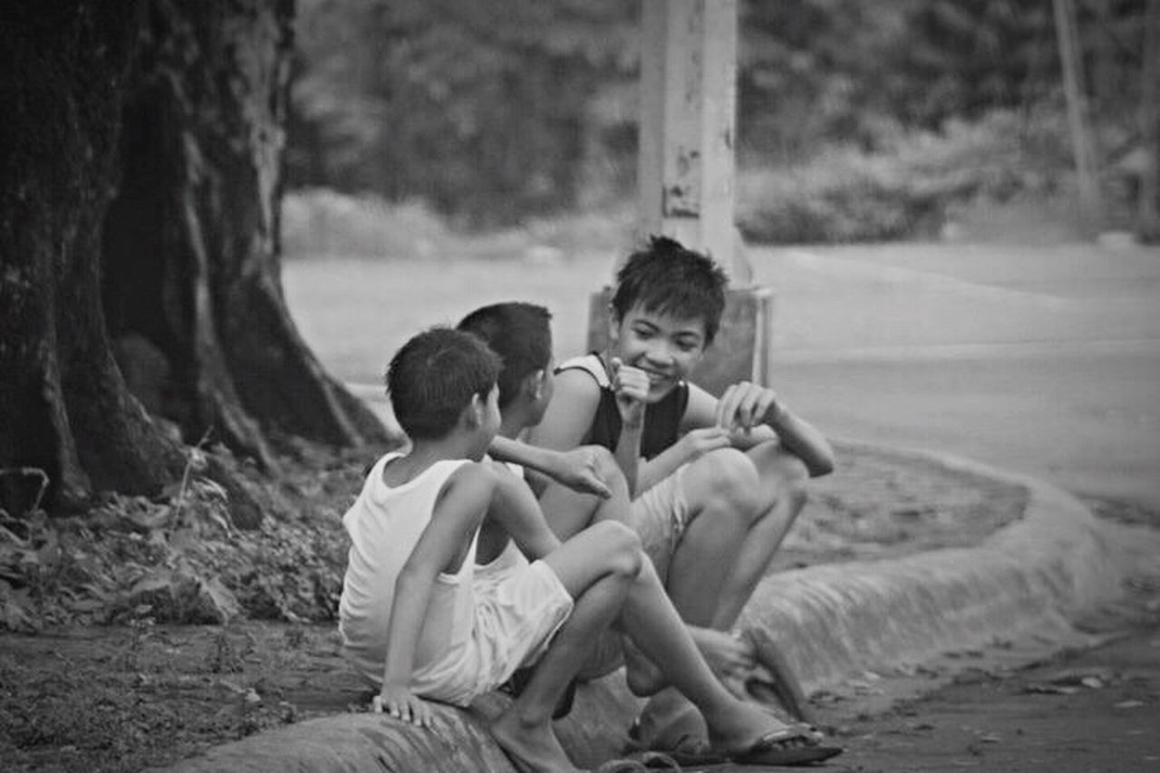 childhood, child, children only, boys, sitting, sibling, two people, togetherness, males, people, only boys, outdoors, friendship, full length, day, adult