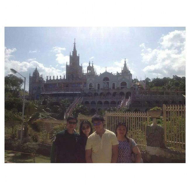 Lastpostof2014 ...before 2014 ends, throwback to SUMMER where we went back to the Philippines? UYfamily UYsiblings