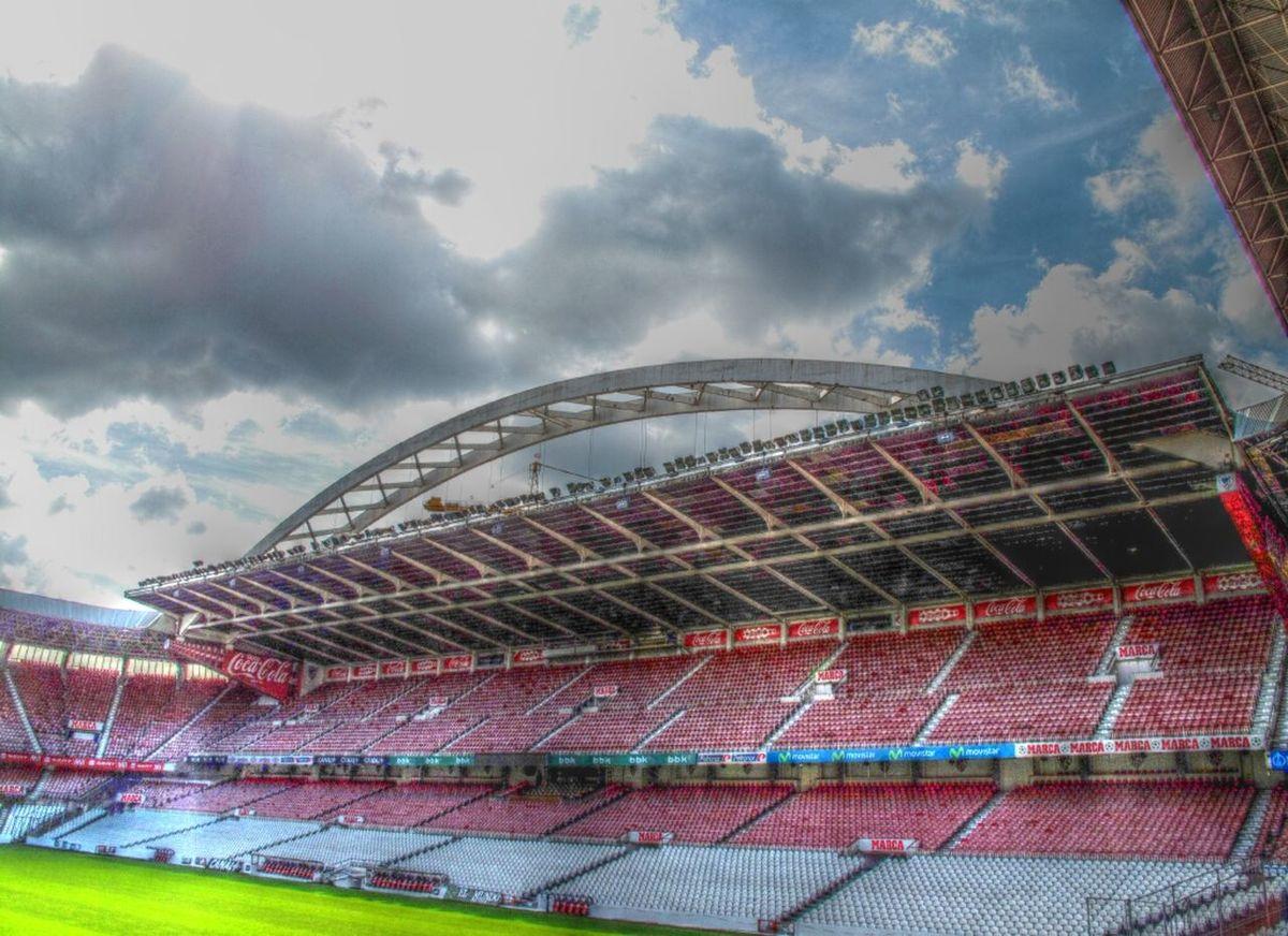 El alma del fútbol vasco Architecture HDR Bilbao Football Football Stadium Stadium San Mames Athletic Club Pitch Clouds And Sky