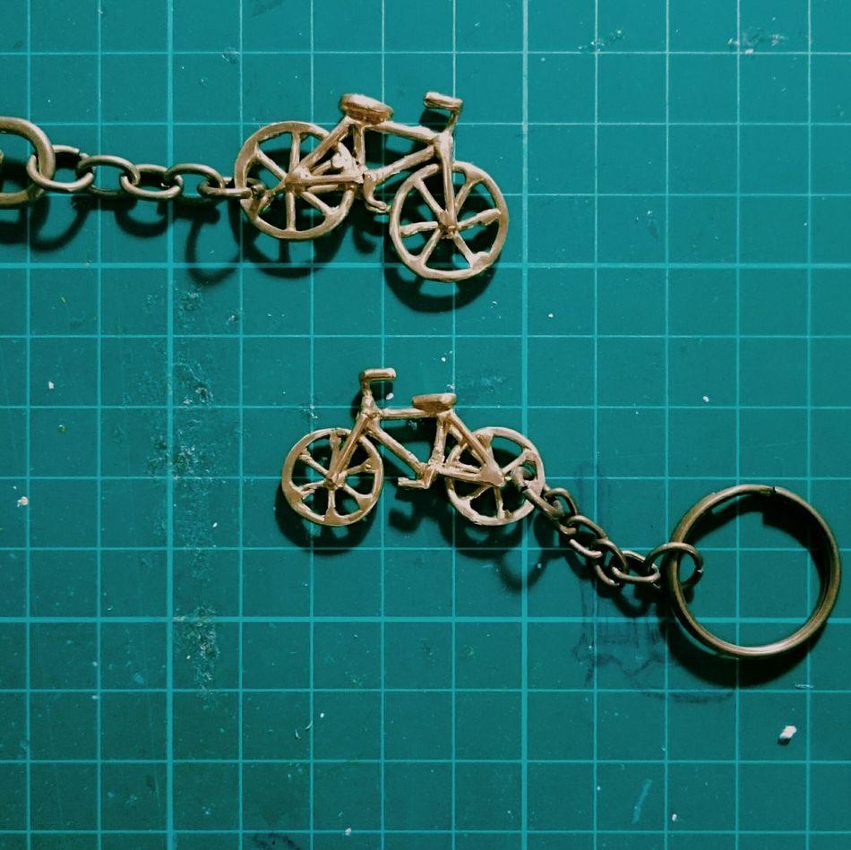 掰溪口🚲。 又是個送不出的禮物😩😩 給你的你永遠不會知道了QMetalworking Bike Bicycle Key Ring