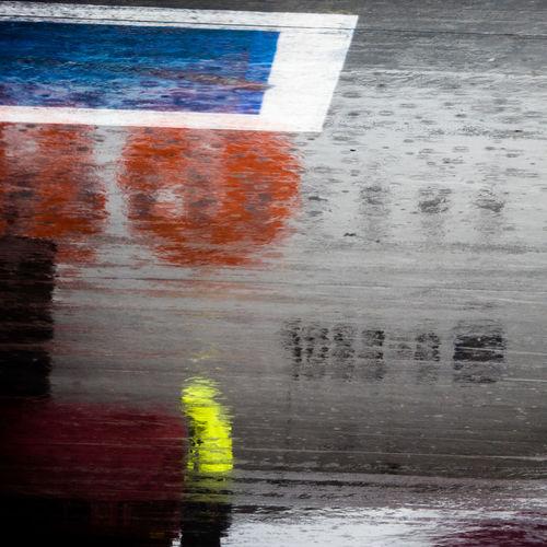 Hamburg Plane Rain Reflection Worker Abstract Aircraft Airport Airport Hamburg Blue Color Colors On Rain EasyJet Flughafen Hamburg Multi Colored Rain On Colors Rainy Day Schietwetter Yellow