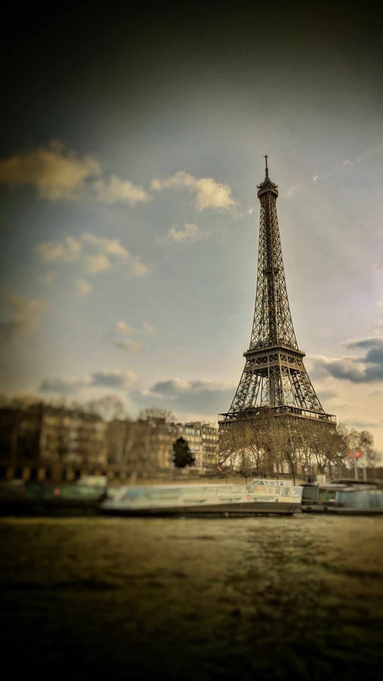 Le Tour Eiffel City Cultures Travel Destinations Travel Tower History City Break Architecture Built Structure Cityscape Outdoors Water Travel France🇫🇷 Paris Nexus 6P Scenics Seine