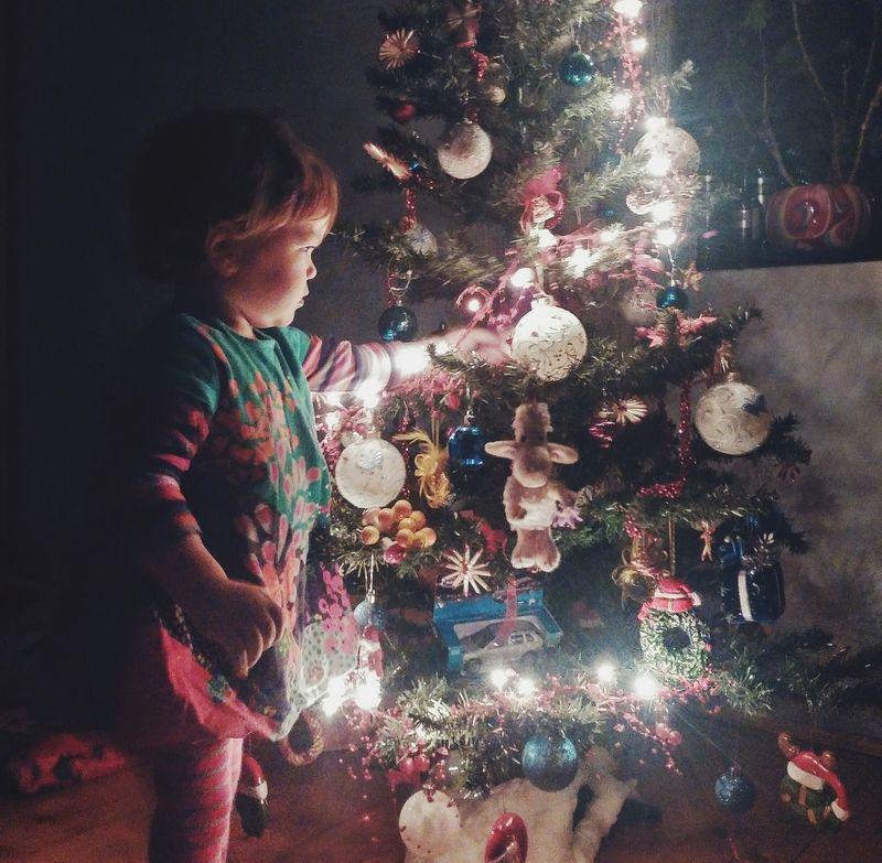 Child Kid Cristmas Warm EyeEm Best Shots Winter Eye4photography  EyeEmBestPics Little Girl Cristmastree