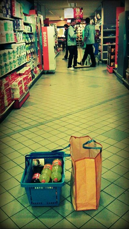 Going to market at Albert Heijn by LaZyLiFe .
