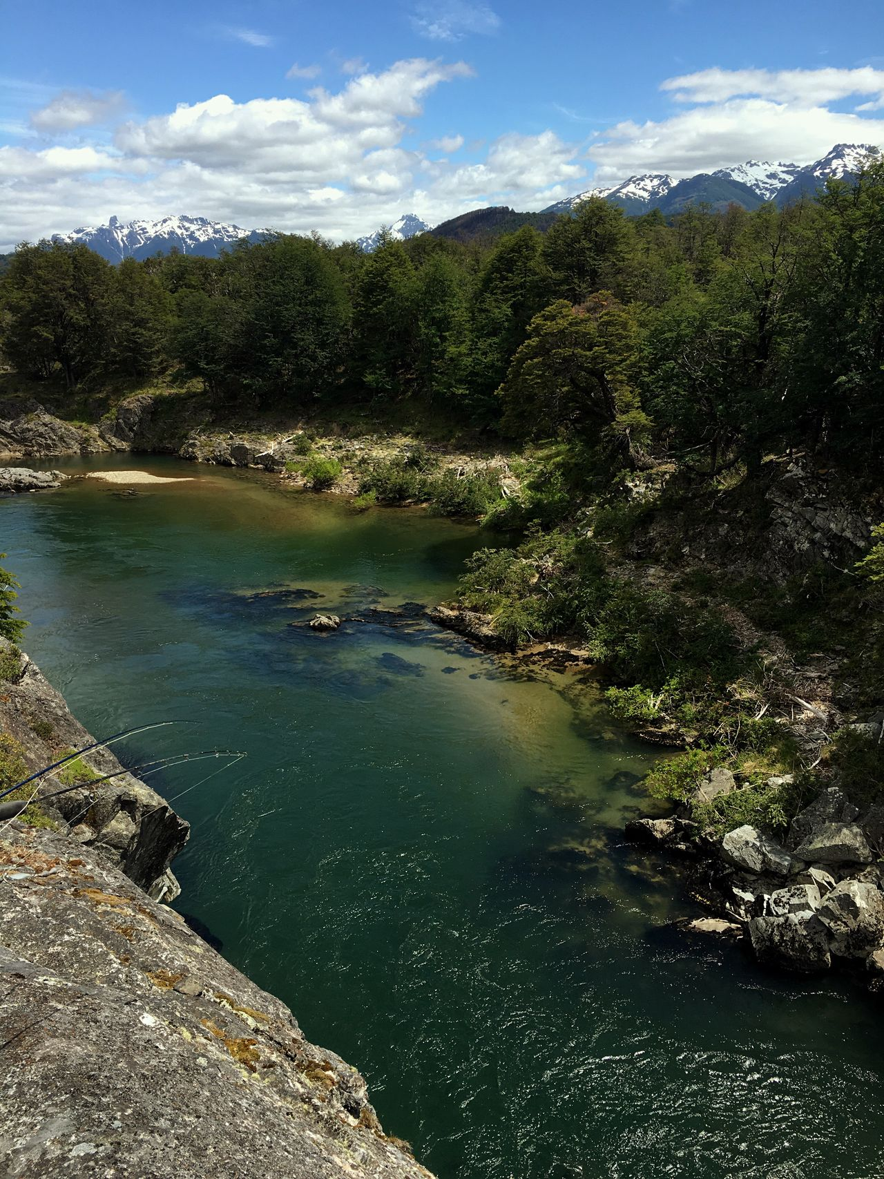 Patagonia Landscape No People Tree Nature Water Beauty In Nature Scenics Outdoors Forest Travel Destinations Sky Green Color Day Patagonia Argentina Patagoniaargentina Río Pico Pesca Flyfishing  Flycasting Pesca Con Mosca Cordillera De Los Andes 4x4 Trucks Verano Naturaleza Argentina Photography
