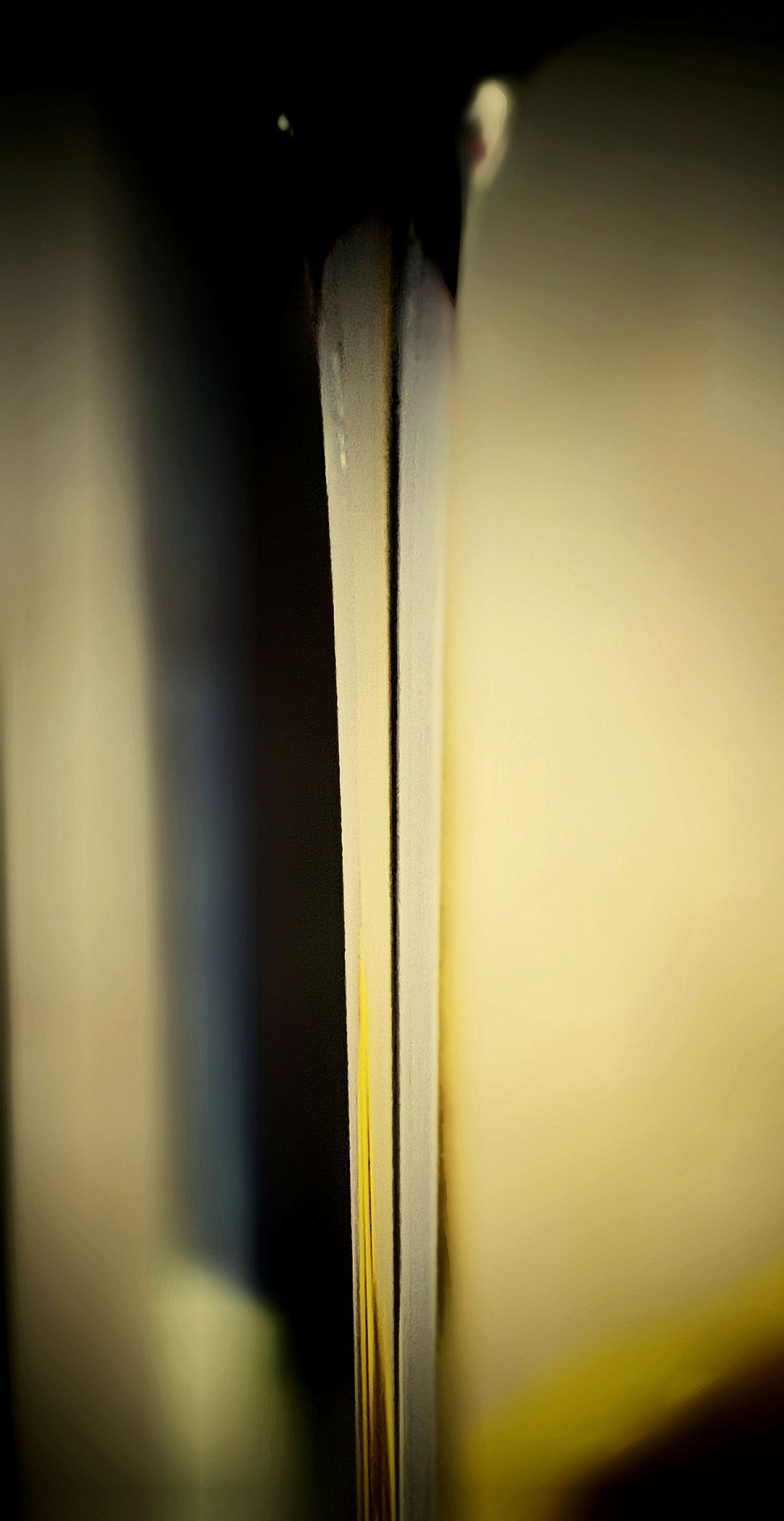 Close-up Yellow No People Samsungphoto Samsung Galaxy S6 Focus On Foreground Water Freshness Day Vertical Composition Vertical Shot Abstractart Abstract Photography
