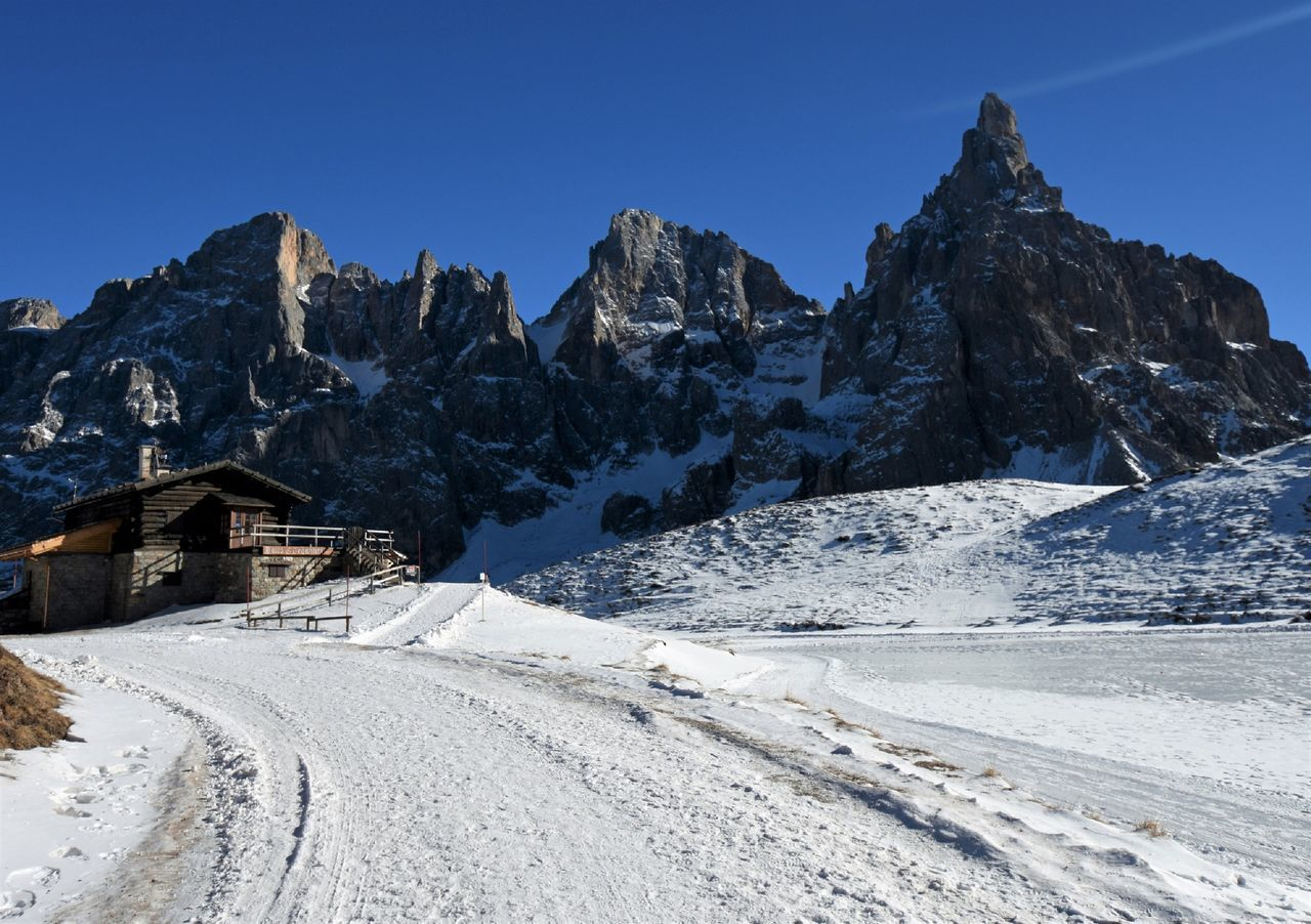 Baita Segantini Pale di San Martino Chalet Clear Sky Cold Temperature Day Dolomites, Italy EyeEm Best Shots EyeEm Nature Lover Ice Italy Landcape Landscape Mountain Mountain Range Nature No People Outdoors Road Sky Sky And Clouds Snow Trentino Alto Adige Winter