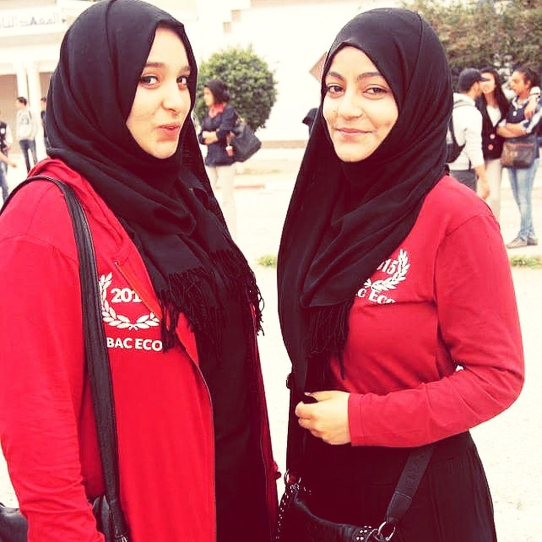 Hi! Taking Photos Enjoying Life Studying Have A Nice Day♥ Love ♥ Be Happy Safa :* We Are Beautiful We Are Best Friends!