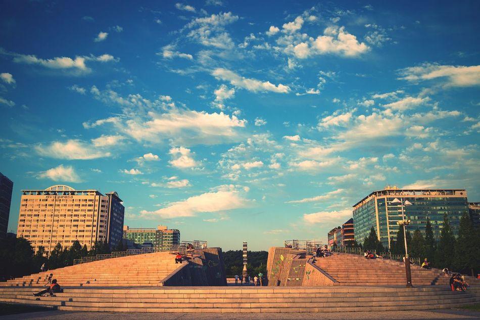 Blue Sky City Life Architecture Walking Around Streetphotography Street Photography 호수공원