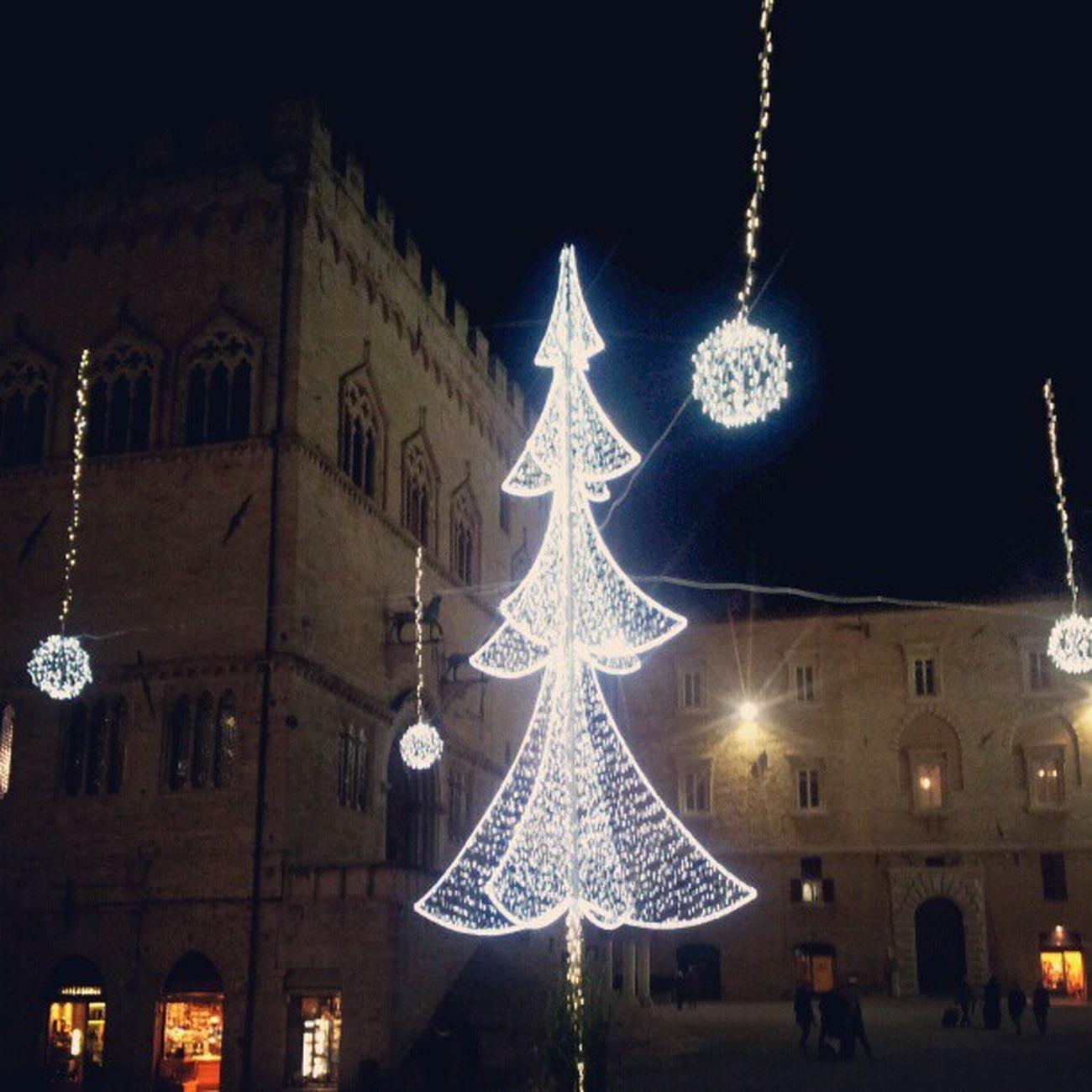 Faust Christmas Christmastree Perugia Umbria Italia Italy Lights Luci Natale  Alberodinatale