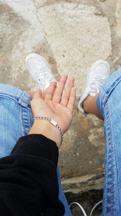 Human Hand TiempoAlTiempo Tiempo Libre Descanso Pensando Buscando Respuestas Tardes Solitaria ¿Necesitas qué te salve? ¿o me salvo de ti?