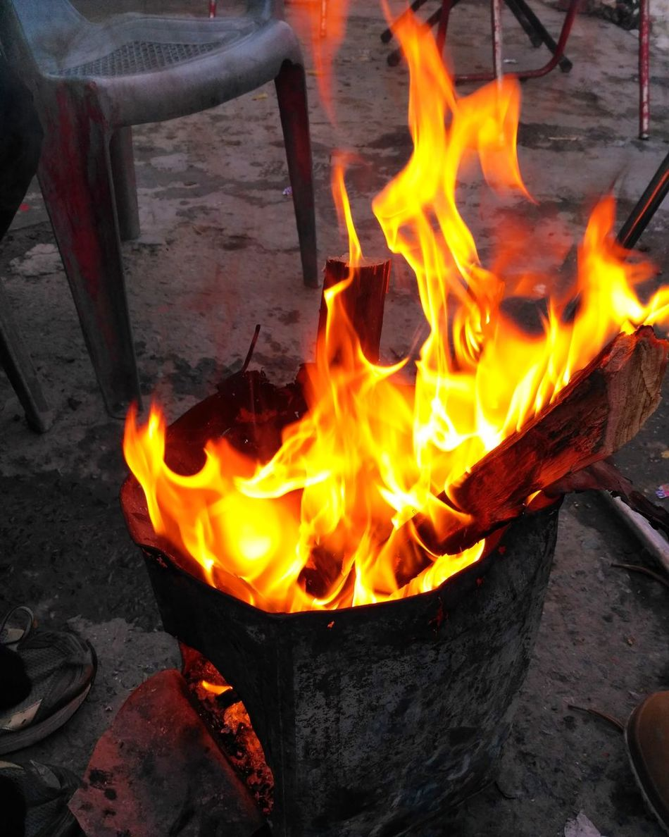 Fire Fire - Natural Phenomenon Burning Flame Close-up Taking Photos Check This Out Winterdairies Weather Winter Friends Cold Temperature Colour Of Life Travelling Travelling Photography Hiking Getty Outdoors Winterdiaries Amazingweather Enjoying