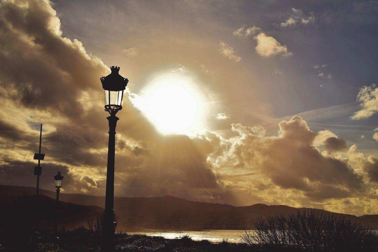 Vigo, Galicia (España) #vigo #galicia #pontevedra #spain #españa Hello World Relaxing Nature Follow4follow Galicia Ramallosa 50mm Sunny