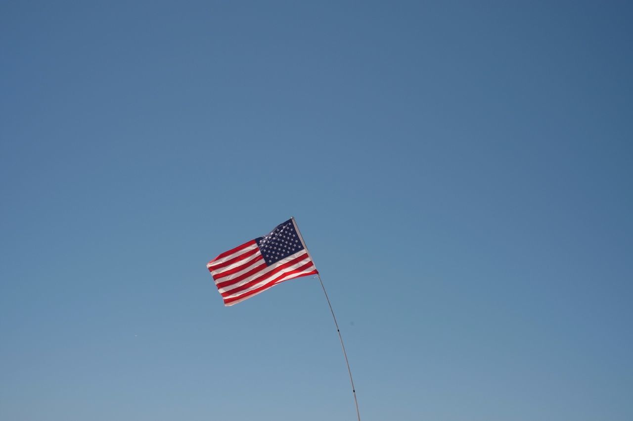 Beautiful stock photos of patriotic, American Culture, American Flag, Blue, Clear Sky