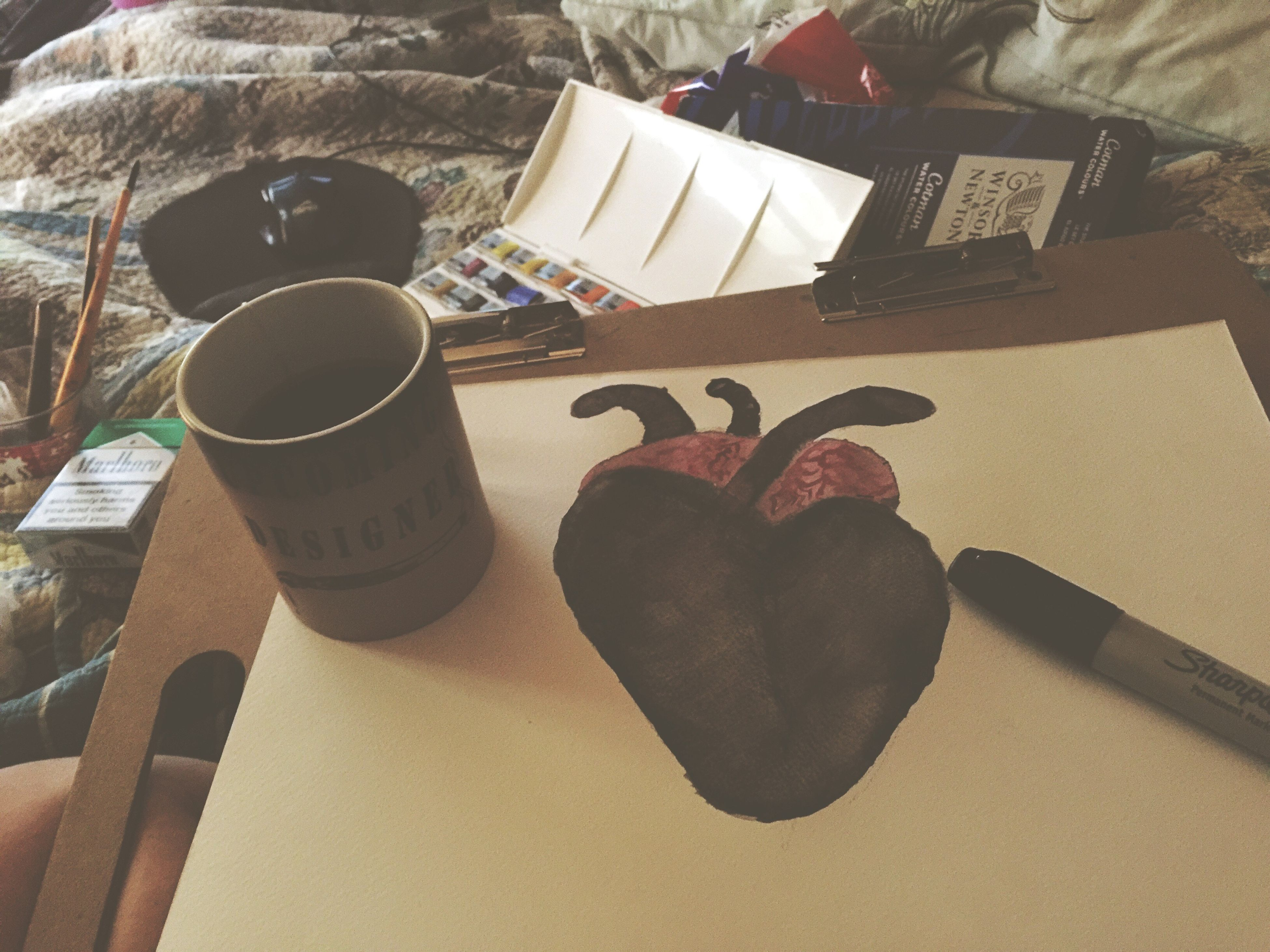 coffee cup, sunlight, heart shape, high angle view, drink, refreshment, indoors, table, day, mug, close-up, freshness, no people
