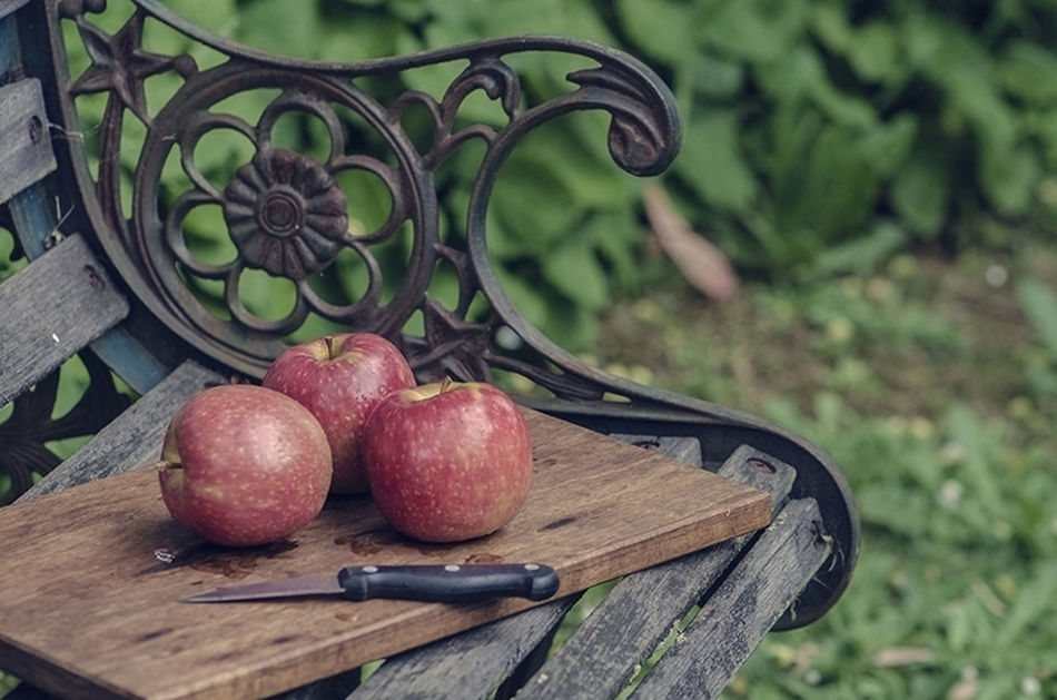 Apple pie for dessert Apples Pink Lady Fruit Bench Seat Outdoors Knife Nikon D7000 Photography Red Garden Still Life Choppingboard Three