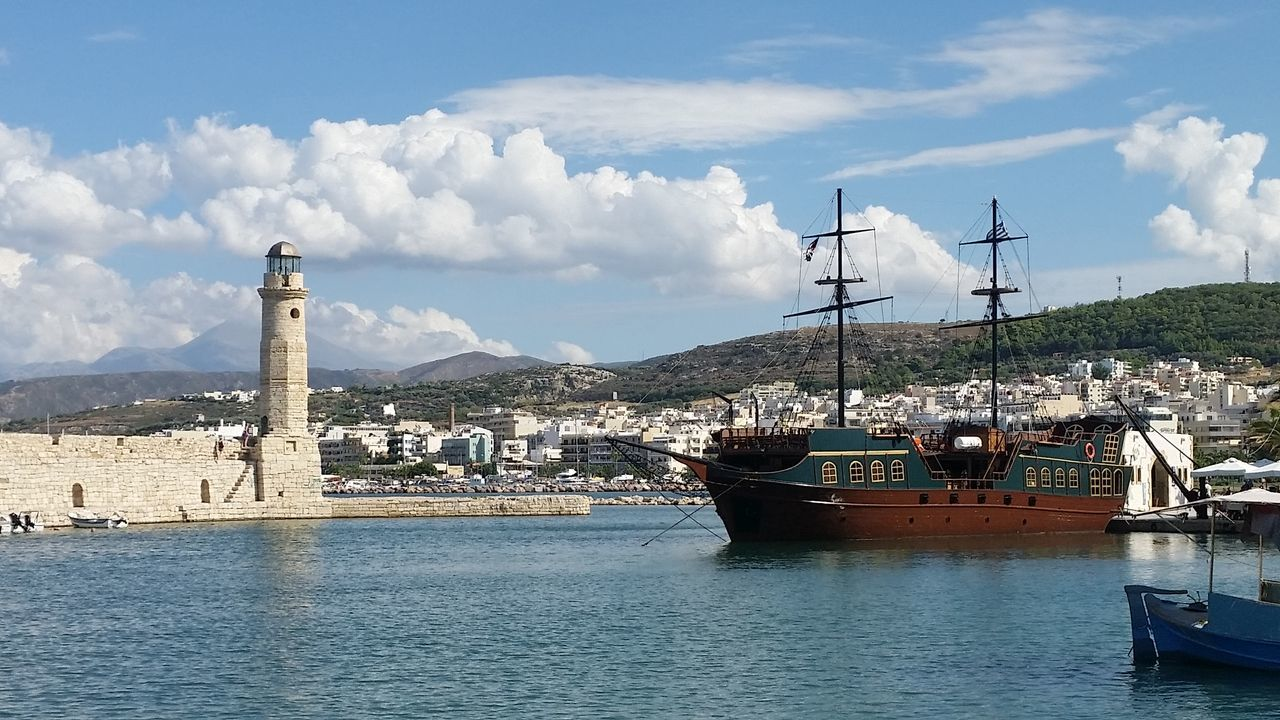 Connection Crete Crete Greece Greece, Crete Merchantman Port Port Of Rethymnon Residential District Rethymnon Rethymnon #crete Rethymnon Crete