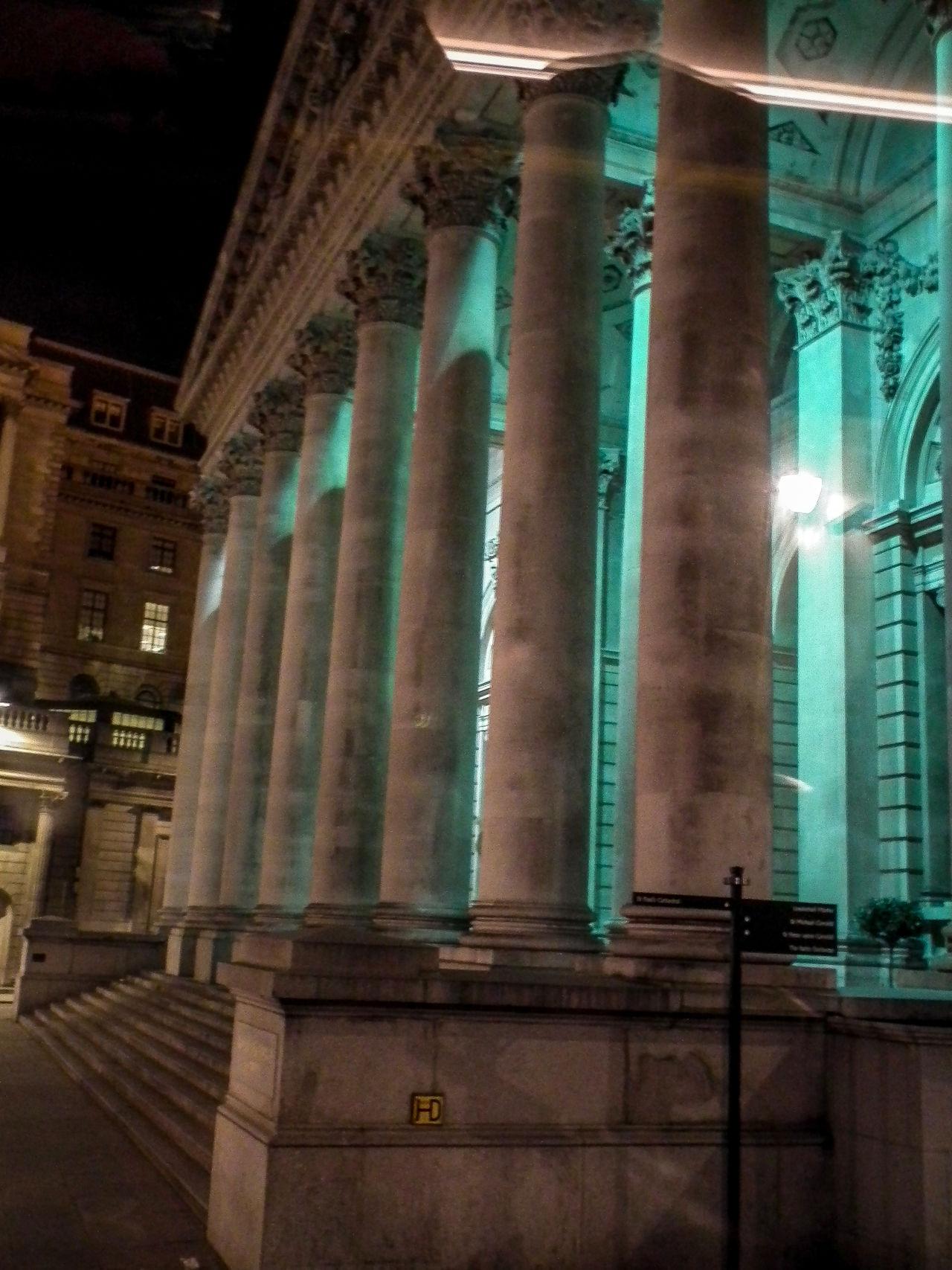 Architectural Column Architecture Built Structure Day England Gran Bretagna Great Britain Großbritannien Indoors  Inghilterra London Londra Nachtaufnahme Nachtfotografie Nightphotography No People
