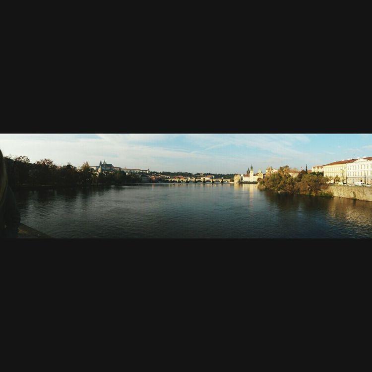 Charlesbridge Praha2014 Riverside Riverwalk