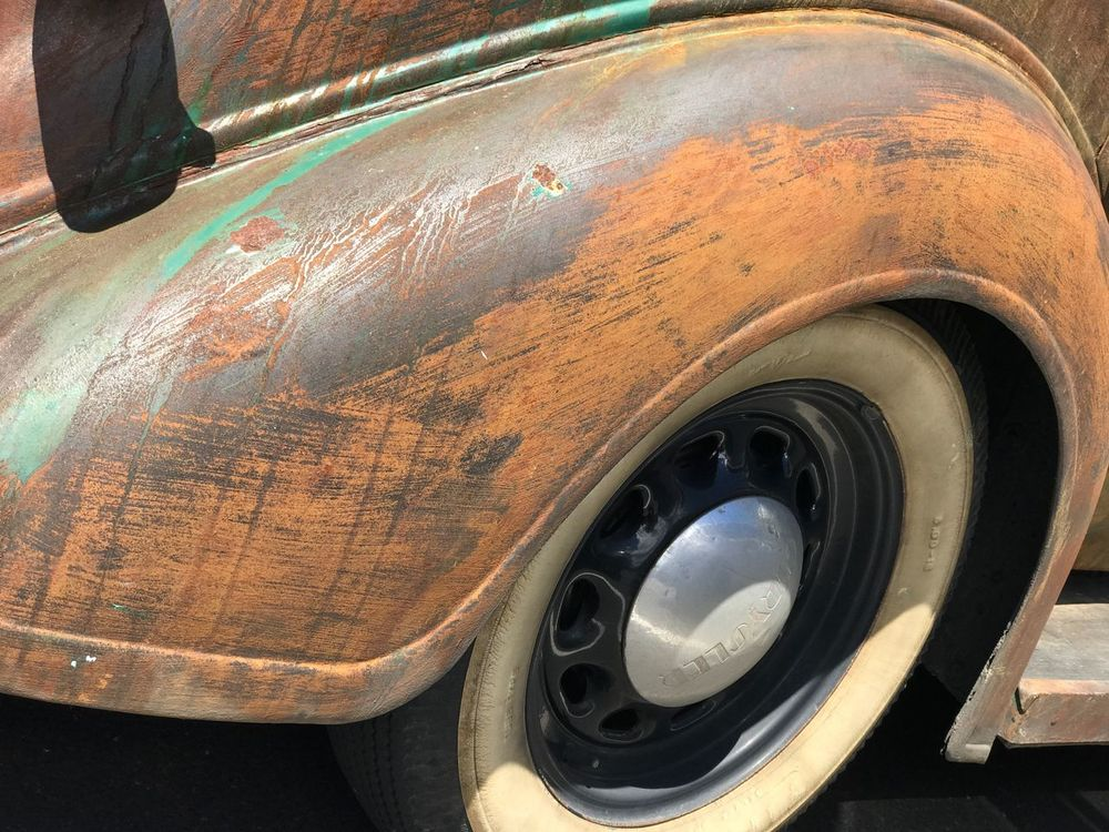 High Angle View Abandoned No People Close-up Outdoors Day White Wall Tires White Wall Tyre White Wall Tire Whitewall Tyres Purposely Rusted Car Body Car Rat Rusted Car Panels 🚗 Car Rusty Car Rusted Car Old Chrysler Classic Car Old Car Old Car! Old Time Classic Car Photography Classic Vehicle