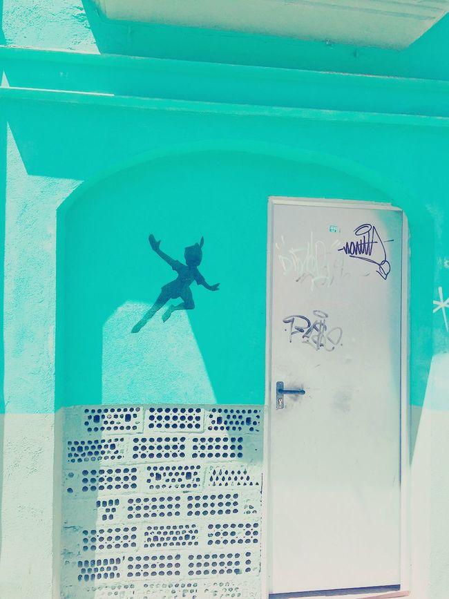 Fly !! Moments Streetart