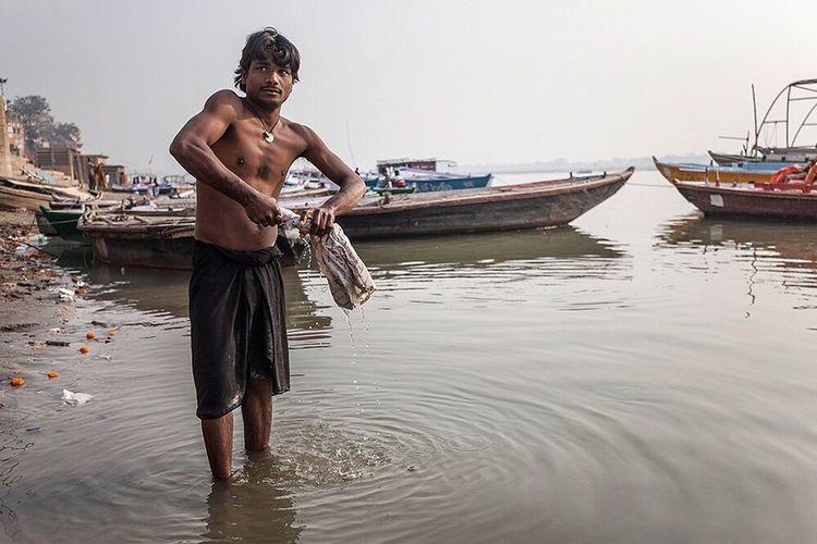 Varanasi India Ganga Riverside Adapted To The City