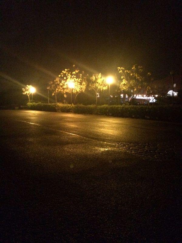 Streetlights No Filter Hotel Golf