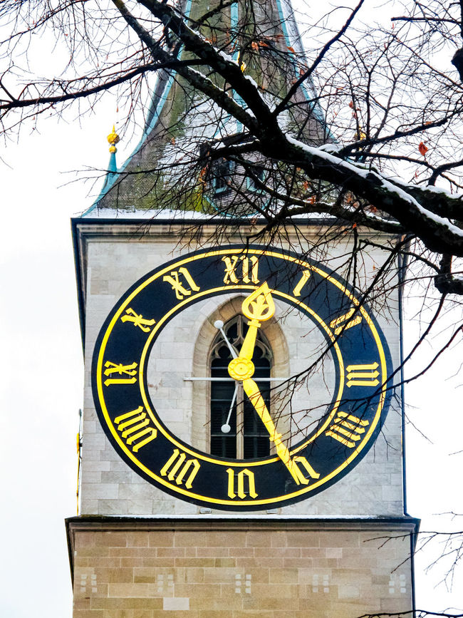 St Peter's Clock tower, Zurich, Switzerland Church Circle Clock Europe Low Angle View Old-fashioned Quality Time Round St Peter's Switzerland Time Tower W Wall Wall - Building Feature Zurich, Switzerland Zürich