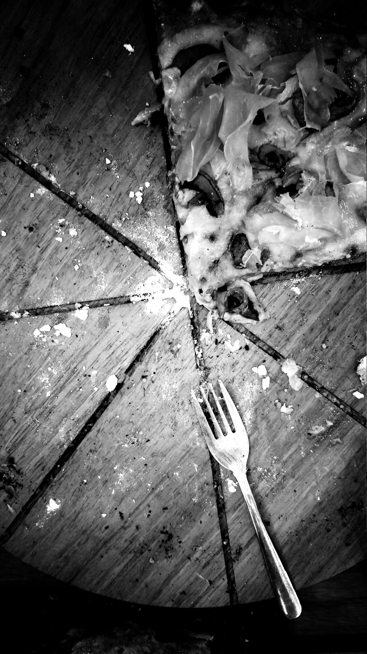 Wooden Full Frame Urban Photography Travel Surface Level Still Life Shadows & Lights My Food Addiction My World Of Food Food Food And Drink Pizza Prosciutto Prosciutto Pizza Black And White Black & White Black And White Photography Dinner Dinner Date Date Fine Art Food And Beverages My Favorite Foods Monochrome Photography Urban Exploration