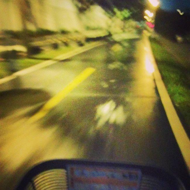 在台北那麼久第一次借ubike Ubike 夜騎 好冷