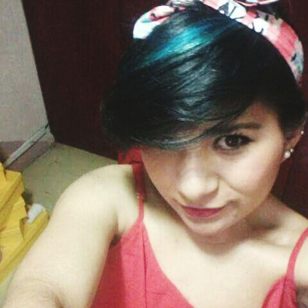 Me Pretty Girl Red Lips Kiss Me Blue Hair I'm HOT