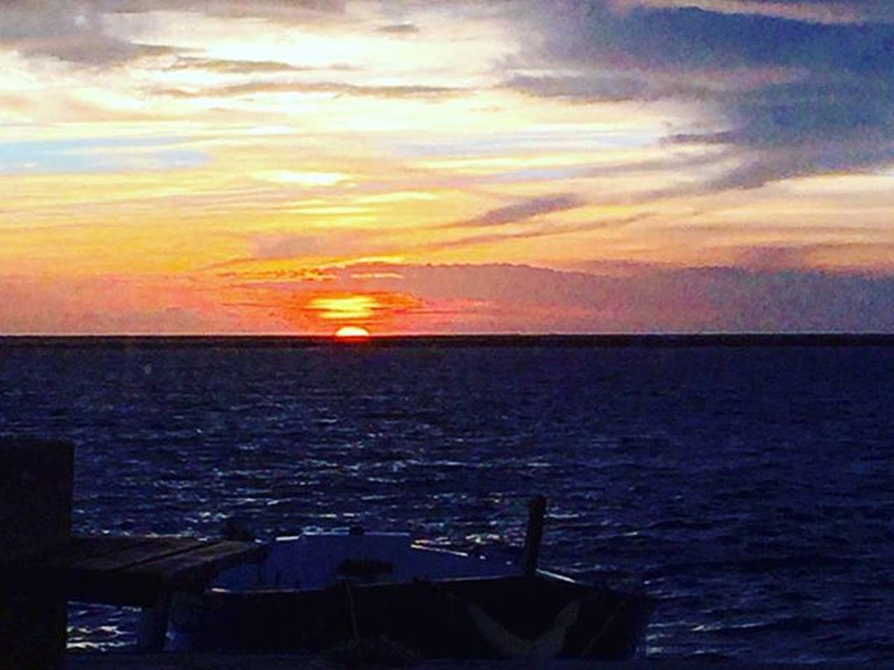 Take a breath. Sunset Salento Salentoesoncontento Portocesareo Sea Sealovers Sealife Beautiful Picoftheday Photooftheday Happiness Simple Simplethings Seaandsun Sky Skylovers Puglia Myplace Picofplace Place Love Colorful Colours January Januaryphotochallenge janvier gennaio 2016
