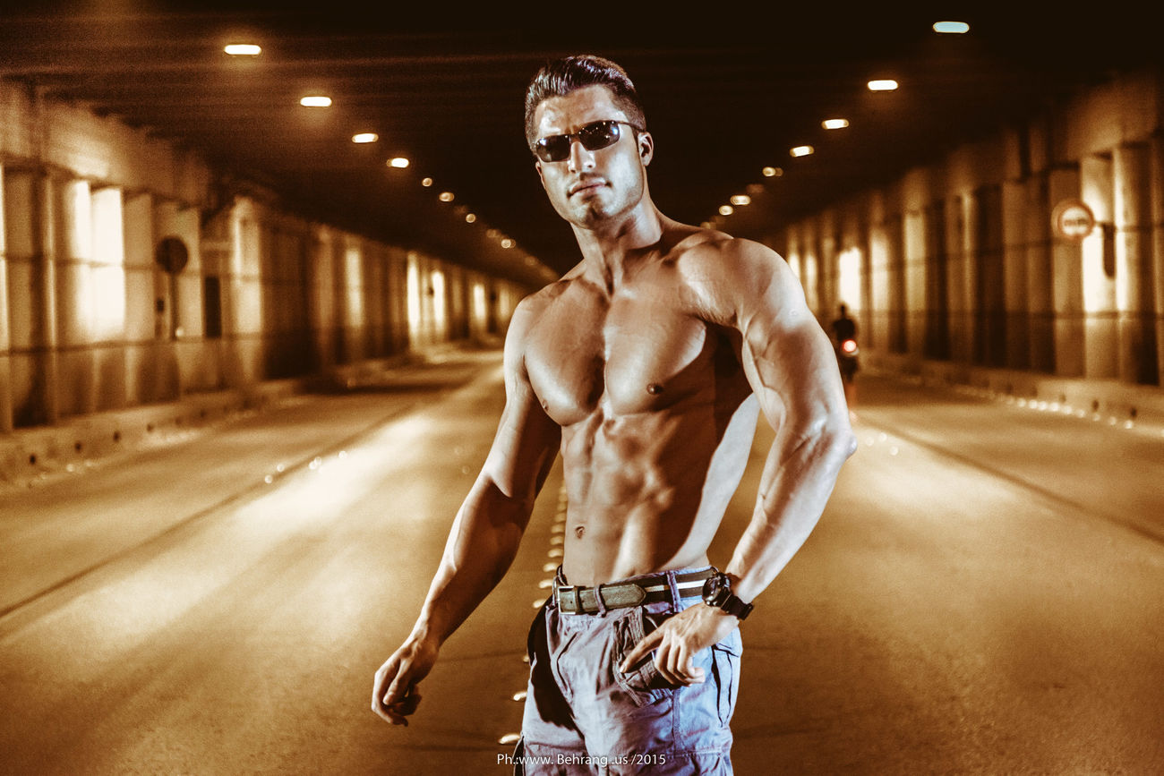 athleisure Hanging Out Fitness SubwayMuscles Jeans Naked Naked Man  Eyeglasses  Rayban Underground Lamps Street Photography Hard Training Perspective Wideangle Behrang.us