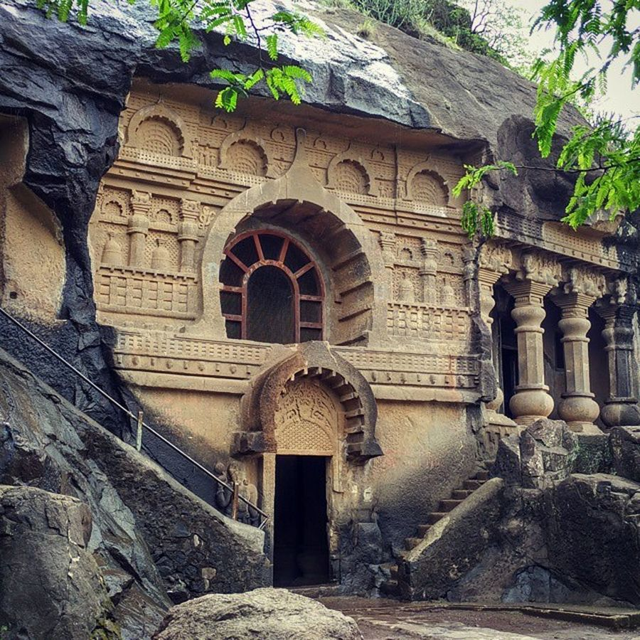 Pandavleni Caves are 2000_years_old , and it was Built by the Jain Kings . It is a group of 24 Hinayana Buddhist Caves , which date back between 1st_century_BC and 2nd_century_AD . These caves are at a distance of 8 km from Nashik Maharashtra India Sculpture Incredibleindia History Ig_maharashtra Indiabestpic