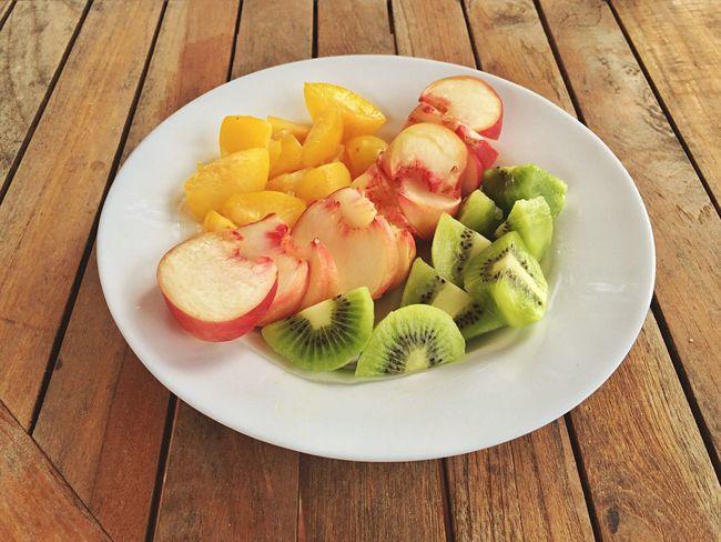 Fresh Produce Vitamins Bio Fruit Organic Food Vegan Healthy Kiwis Apricots Peaches I Love Colour