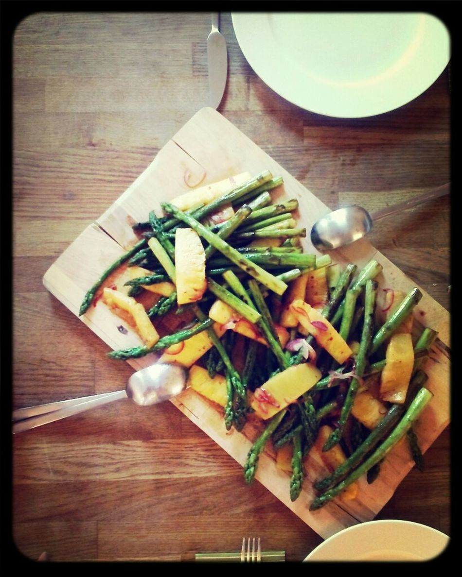spicey pineapple and grilled asparagus Organic Food Vegan Asparagus Pineapple Thx4cooking