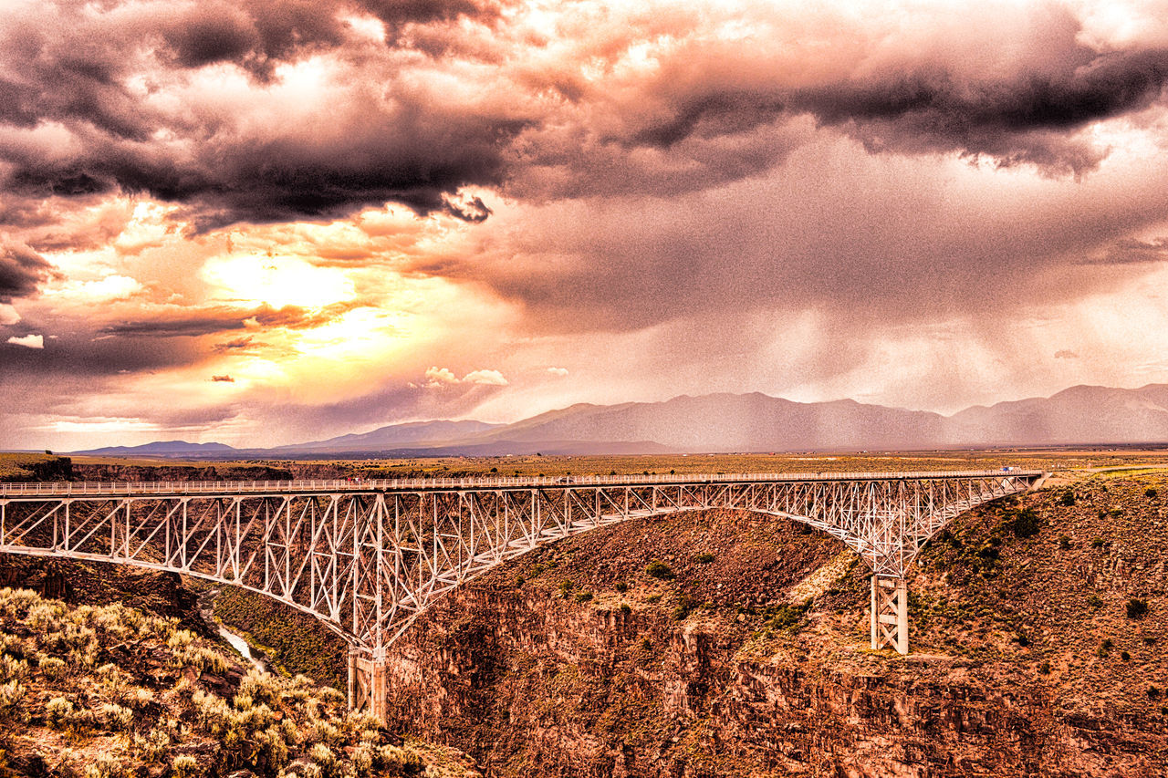 Bridge - Man Made Structure Bridge View Brıdge Clouds And Sky Long Bridge Metal Bridge Metal Structure Bridge Nature Beauty Outdoor Photography Scenic Lookout Sky And Clouds