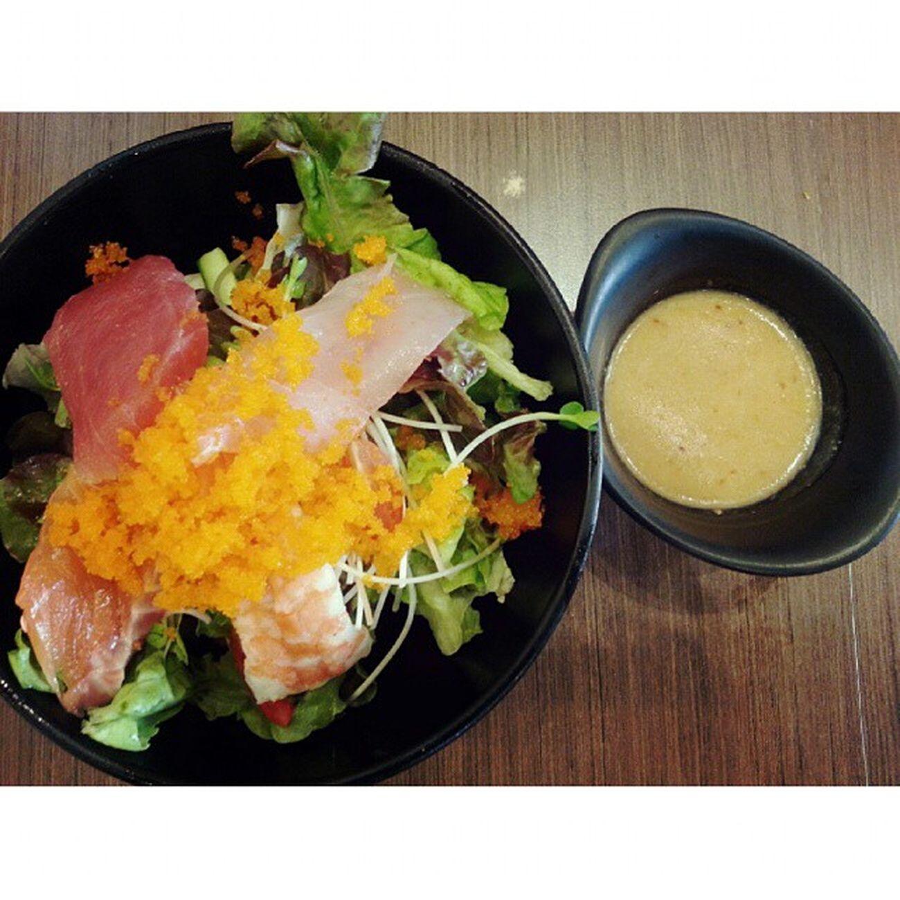 Mix Sashimi SaladSushioo Mercuryville Chitlom Japanesefood