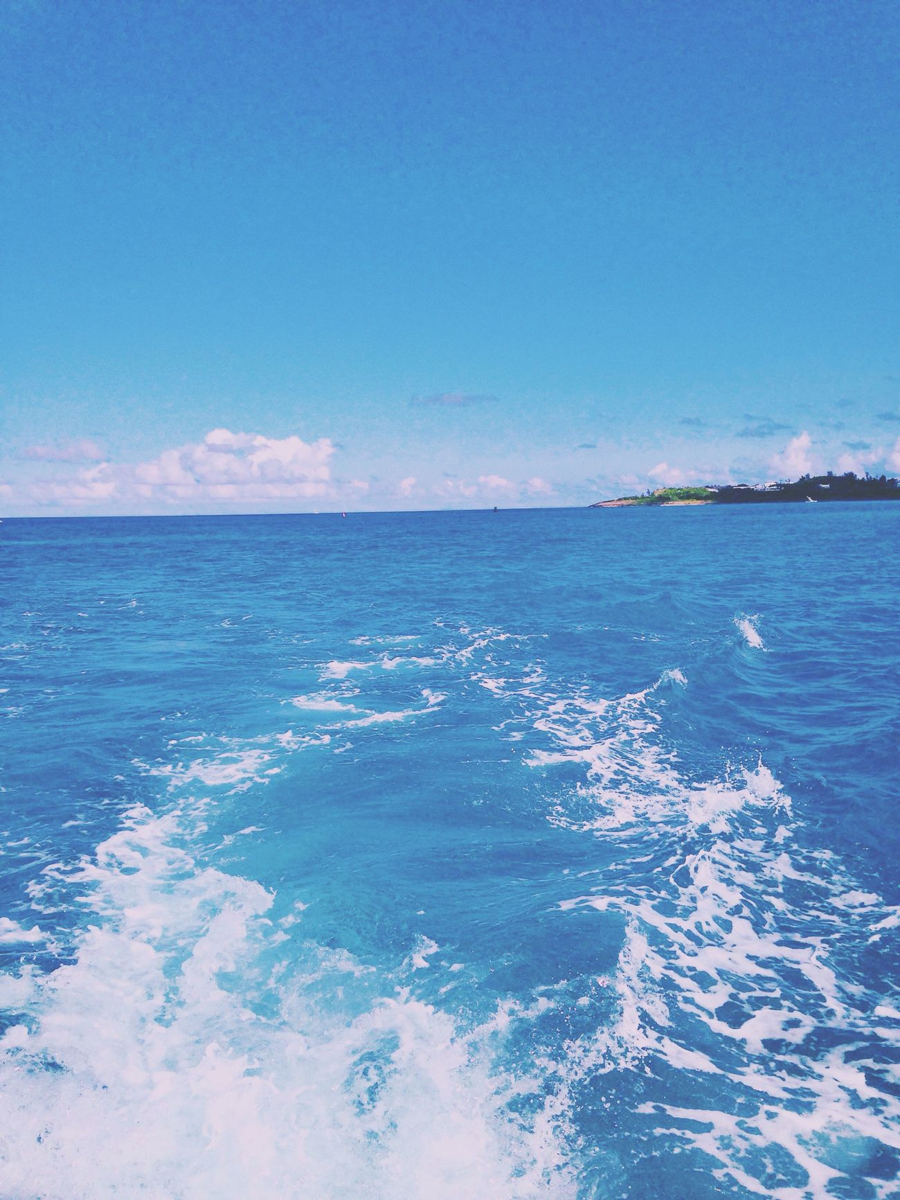 cruisin 🌊🚤 Onaboat Boats Ocean Enjoying Life Water Blue