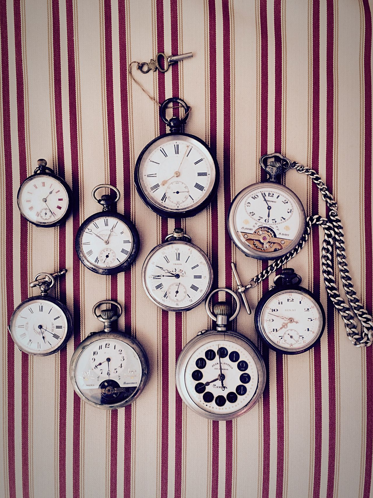 Beautiful stock photos of clock, Accuracy, Clock, Clock Face, Directly Above