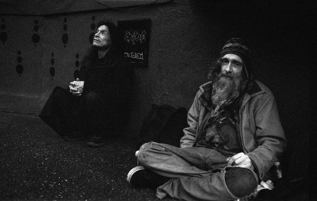 Everyone has a story. Who will listen... Ahp Angelaholmphotography Blackandwhite Casual Clothing Cross-legged Film Photography Filmisnotdead Full Length Homeless Homelessness  Homelessness  Leica Leicam3 Loneliness Men Monochrome Photography Praying Relaxation Sitting Sitting Outside Solitude Streetphoto_bw Streetphotography Streettogs