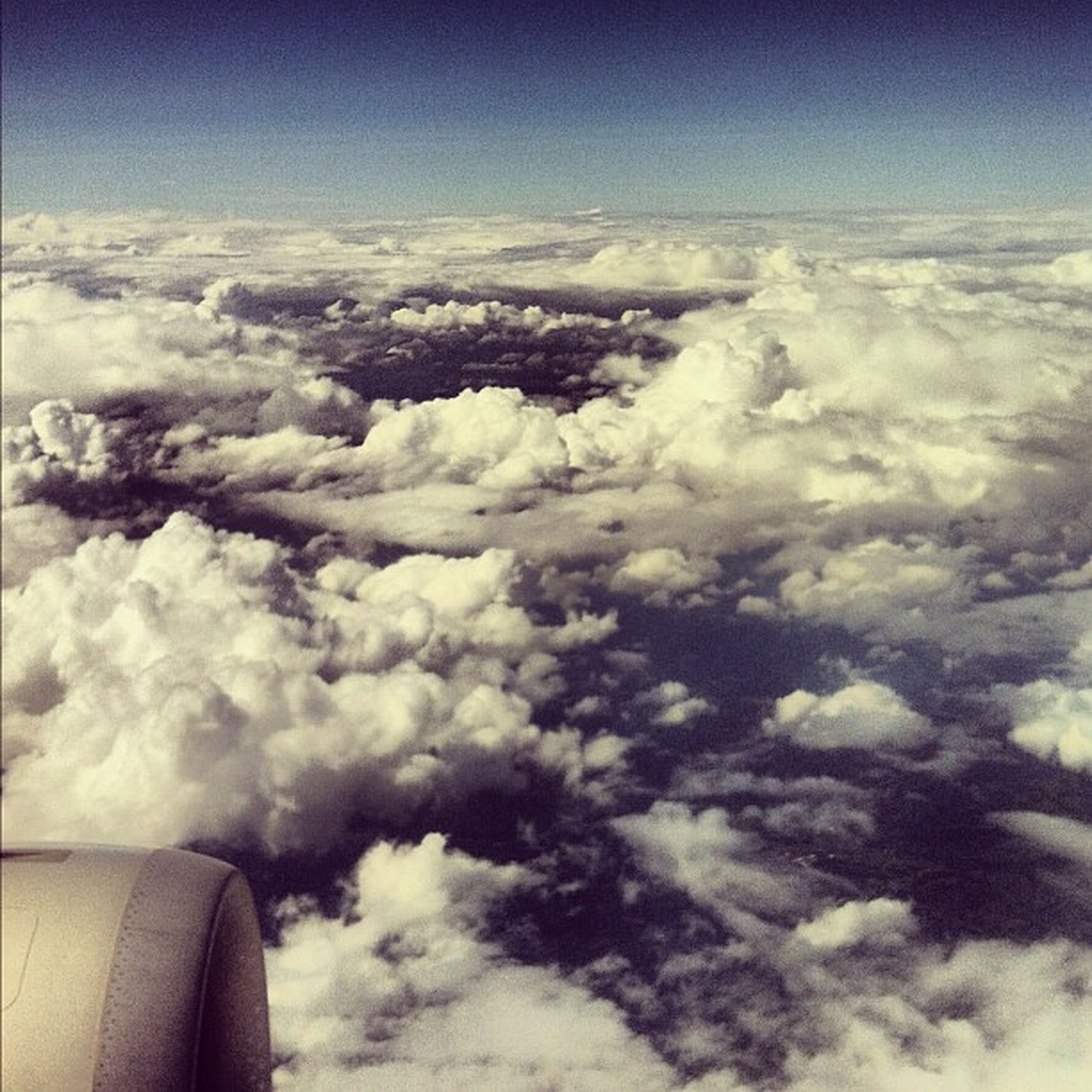 airplane, air vehicle, aerial view, sky, aircraft wing, cloud - sky, cloudscape, transportation, mode of transport, part of, flying, scenics, beauty in nature, cropped, cloud, nature, journey, landscape, cloudy, travel