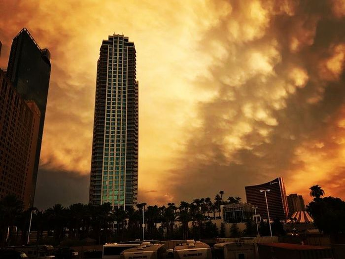 Architecture Skyscraper Urban Skyline Dramatic Sky Modern Sunset Cloud - Sky City Sky Downtown District Cityscape Travel Destinations Building Exterior Illuminated No People Outdoors Built Structure EyeEm