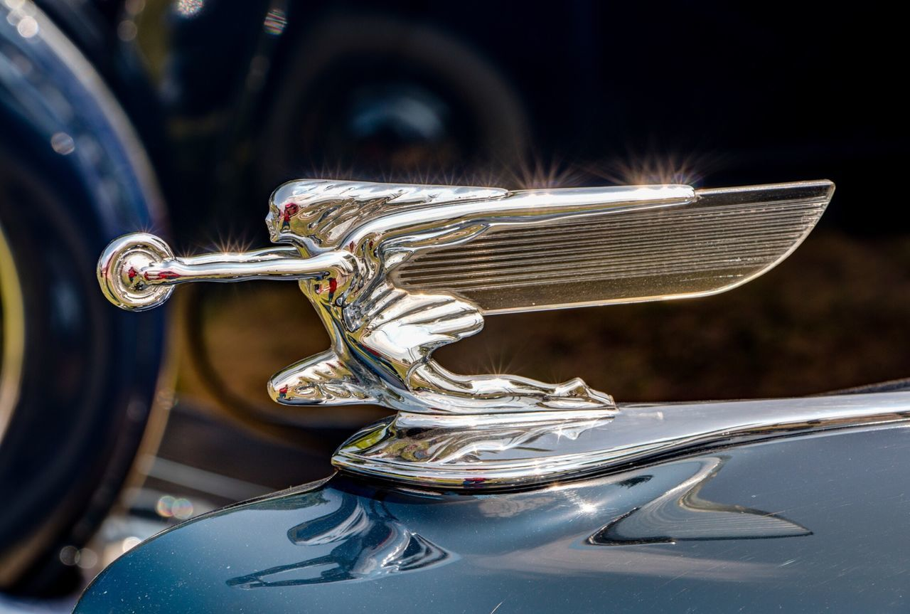 Classic Car Packard V8 The Goddess of Speed