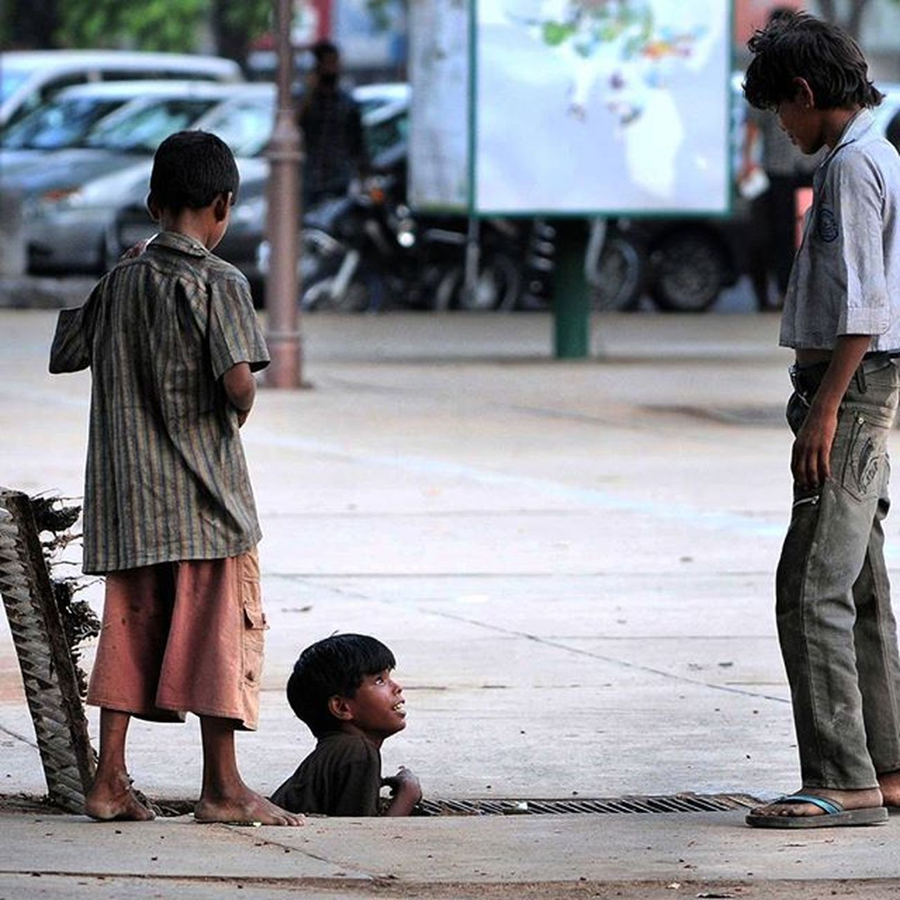 Hindustan_times Road side romeos beggers InstawithHT Dailypic Dailylook Dailylife Beggars Kids Lifeisgood Chandigarh India Roadsideattraction Roadsideromeo Savethechildren  Begging Poorindia Raviclick